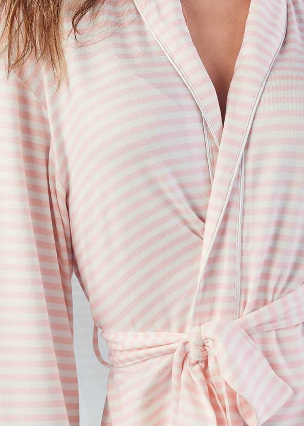 Detail front view Shawl Collar Kimono Robe