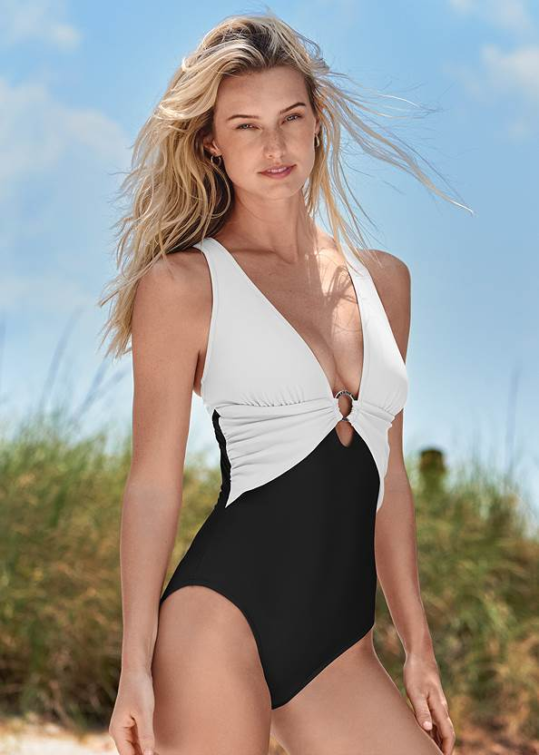 Crisscross One-Piece,Color Block V-Neck Cover-Up,Layered Long Necklace