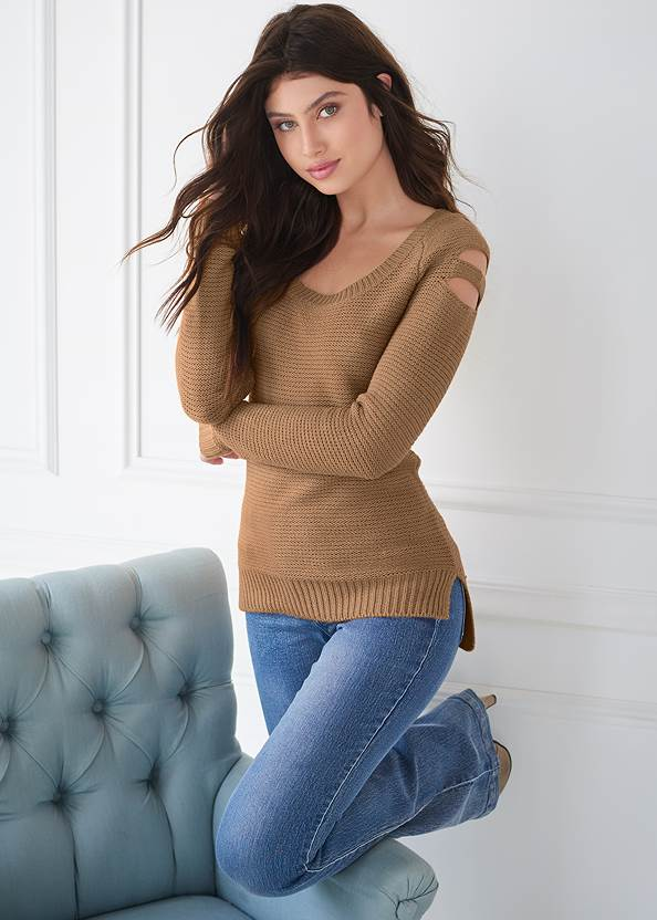 Cut Out Sleeve Sweater,Mid Rise Slimming Stretch Jeggings,Wrap Stitch Detail Booties,Beaded Drop Earrings,Knotted Slouchy Boots,Casual Bootcut Jeans