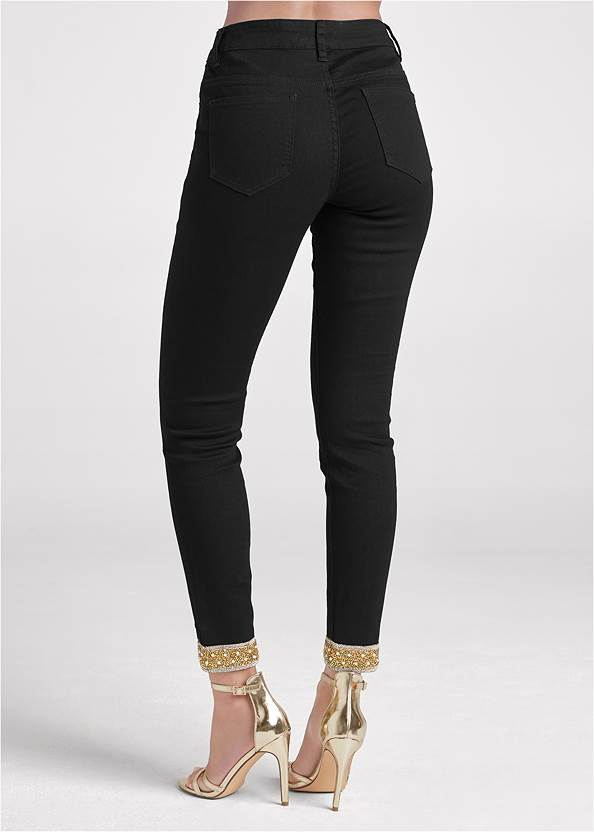 Detail front view Embellished Cropped Jeans