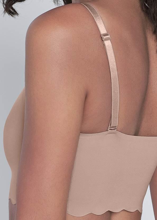 Detail back view Pearl™ By Venus Scallop Bralette