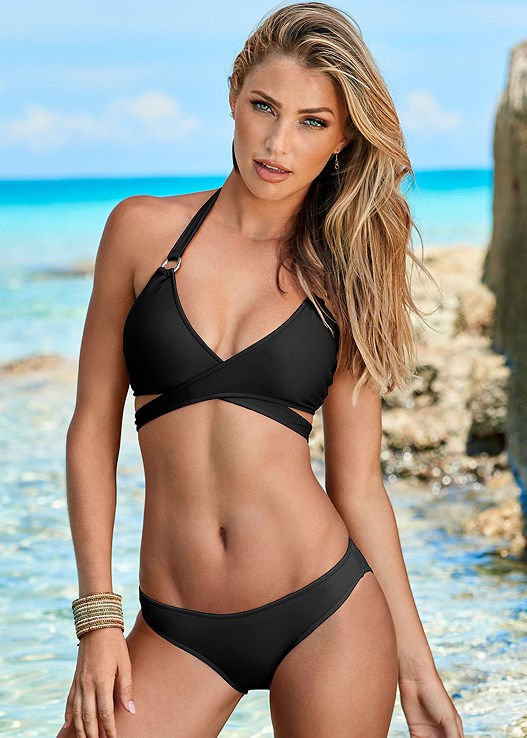Black Beauty Scoop Front Bikini Bottom Swimsuit Venus