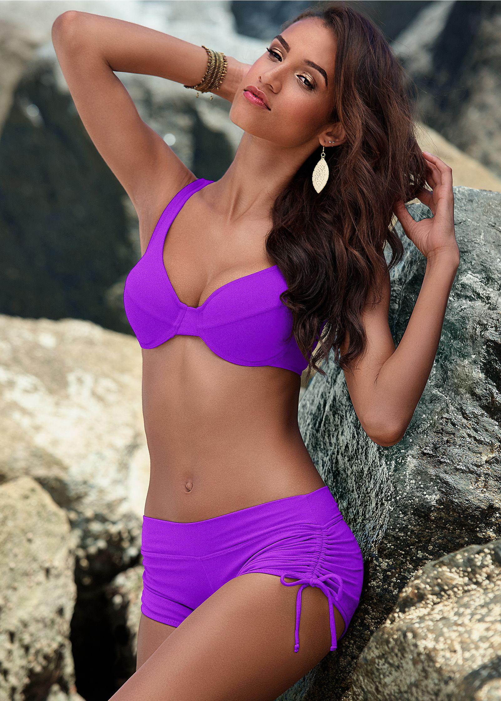 Full coverage bikini swim top