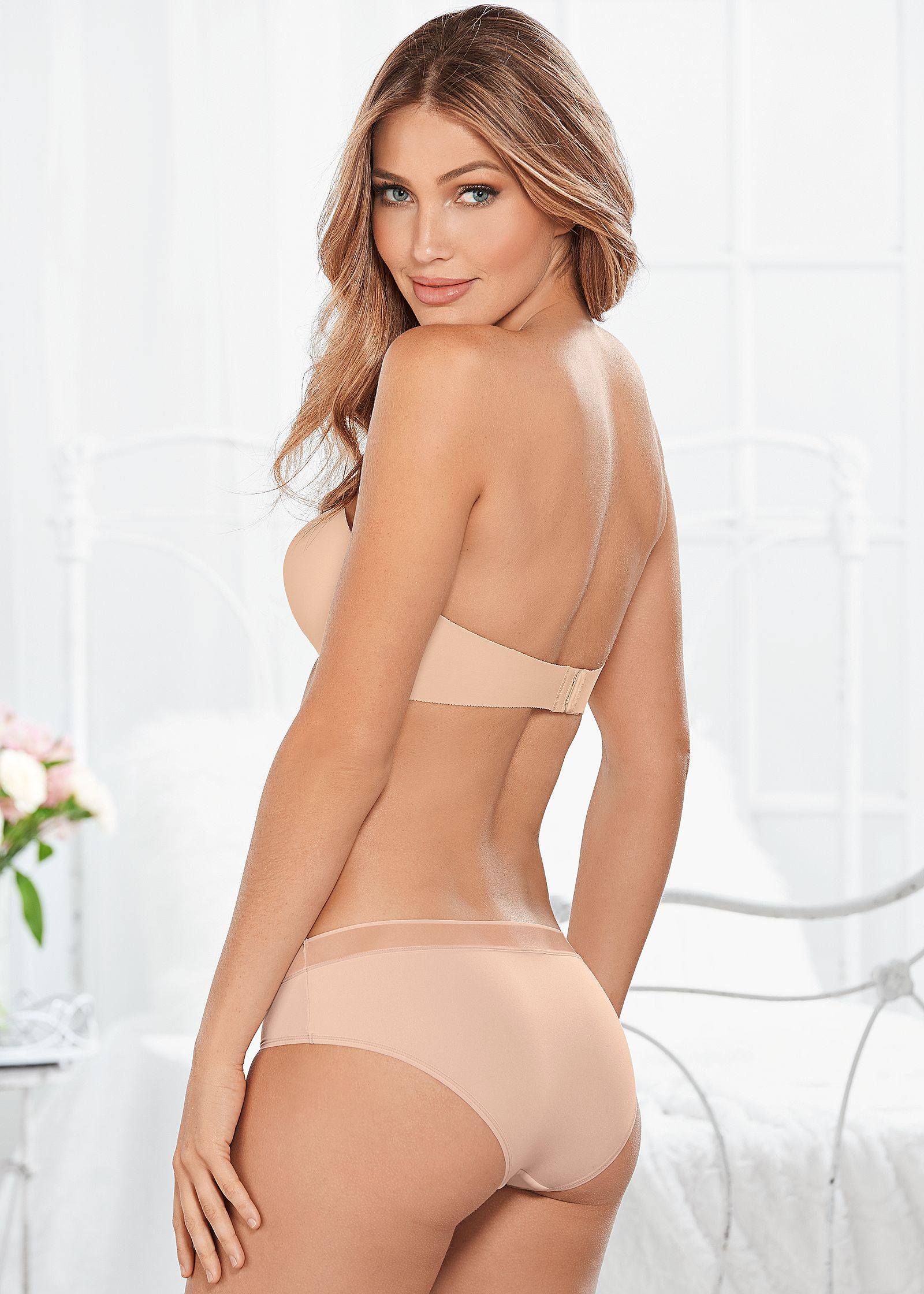 Panty nude pic