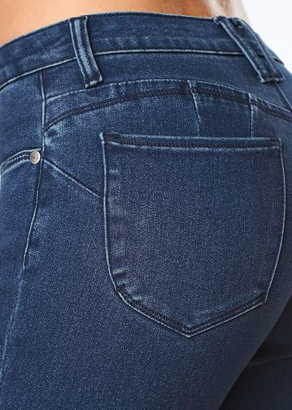 Detail view Bum Lifter Jeans