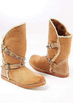 buckle round toe boot