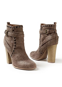 wrap stitch detail bootie