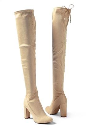 white tall boots winter wardrobe