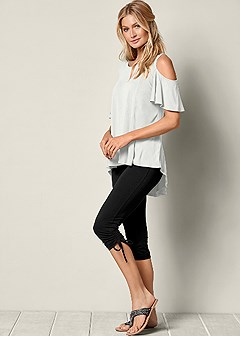 side ruching capri legging