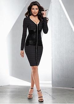 slimming print detail dress