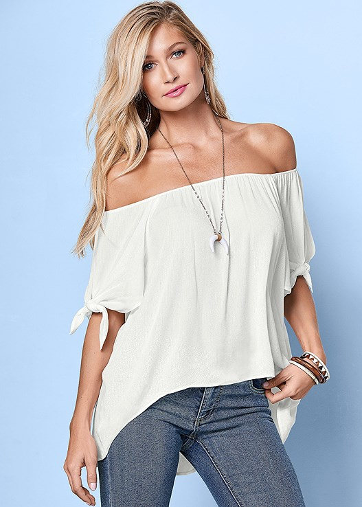 TIE OFF THE SHOULDER BLOUSE,CASUAL BOOT CUT JEANS,BRAIDED DETAIL WEDGE